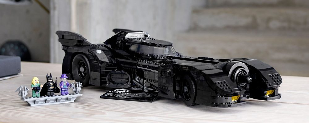 LEGO to Release an Exclusive 1989 Batmobile Set on Black Friday